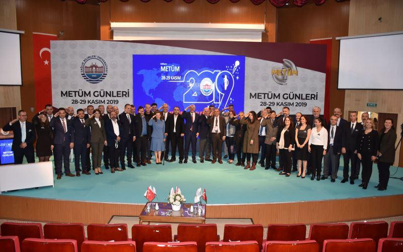 ana_sayfa_metum_gunleri_toplu_foto